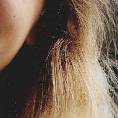 Kobiecy wąsik – jak się go pozbyć
